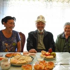 Bilem, Mirbeks und Almadai, in Tamchy, Kirgistan