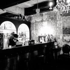 Bangkok, Ekkamai, Dark Bar